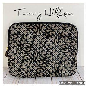 Tommy Hilfiger Zip Case Bag Sleeve For Ipad Tablet